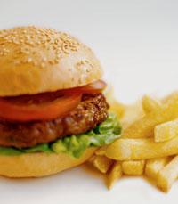 קניבר חיפה - המבורגר או סטייק?