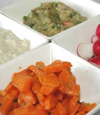 15 סוגי סלטי הבית במסעדת אהבת הים בירושלים