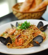 אוכל איטלקי בניחוח ים תיכוני - סזאר רחובות