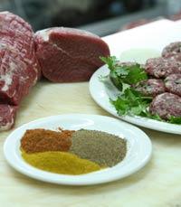 תבלינים מיוחדים במעדניית בשר