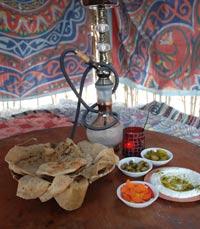 אירוח מסורתי במסעדות בים המלח