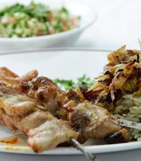 עסקית במסעדת השיפודיה בירושלים
