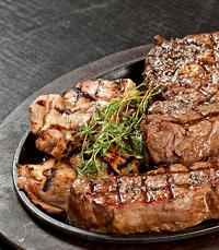 הבשר ממשיך לזרום - פאפאגאיו תל אביב