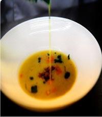 מרק חצילים מעושן של מסעדת גספאצ'ו באשקלון