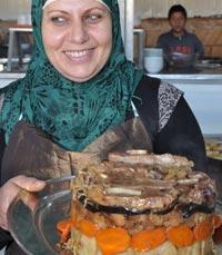חגיגה של מאכלי עדות מסורתיים