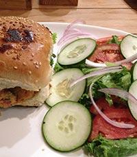 המבורגר צמחוני בקאראג'ילו קפה