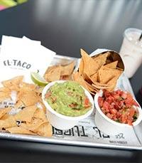 אהבה לאוכל רחוב מקסיקני