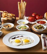 ארוחות בוקר כמו בארץ המגף