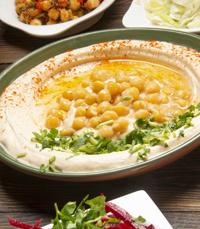 מבחר סלטים במסעדת יוסף רמת החייל