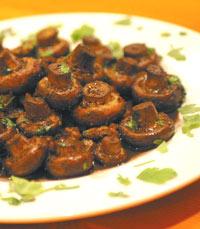 ריח פטריות משכר במסעדת פורטבלו שביבנה