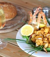פירות ים במסעדת החוף