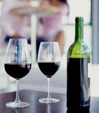 יין לבן, אדום או וויסקי?
