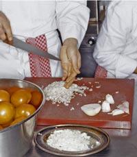 השף בפודסטפס מסביר על טכניקות הבישול