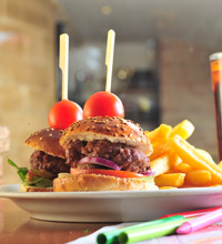 בין ההמבורגרים הטובים בעיר - רסטובר ירושלים