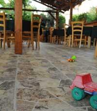 משחקים במסעדת אסתושה - מסעדות מומלצות לילדים