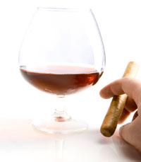 כמה קלוריות בכוס יין?