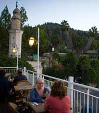 מסעדות לחברים על הגג