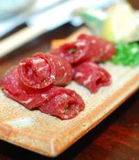 מסעדת יקיניקו בכל שכונה יפנית - יקיניקו טנקה בהרצליה פיתוח