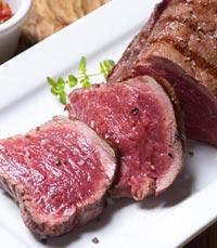פדרו מתמחה בבשר טרי ומיושן