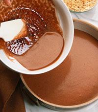 בלינצ'ס עם רוטב שוקולד חם בכפית סוכר