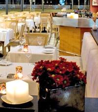 מסעדת מול ים, נמל תל אביב - פנינה אירופית שקטה