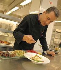 שף איציק ברק למסעדת סופיה, מלון ענבל