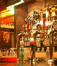 האלכוהול כבר מזמן זורם - המשבעה הרצליה