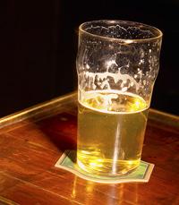 אלכוהול יכול להזיק גם לאחרים