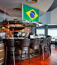 ודגל ברזיל מתנוסס - פאפאגאיו תל אביב