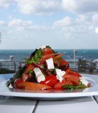 קוקטיילים חינם ב-SALT מול הים - מסעדות עם תושבי הדרום