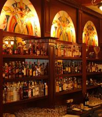 מבחר אלכוהול מקיף אותנו